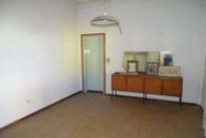 Immagine n4 - Fabbricato polifunzionale, negozio con appartamenti - Asta 8871