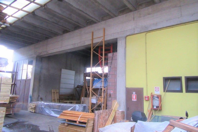 Immagine n. 5 - #8908 Porzione di capannone con corte (sub 2-7)