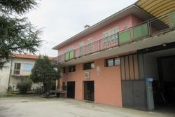 Multi purpose building with courtyard and garage - Lot 8911 (Auction 8911)