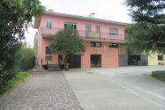 Immagine n7 - Edificio polifunzionale con cortile e garage - Asta 8911