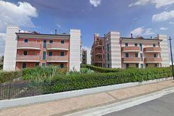 Complessi residenziali, appartamenti e aree edificabili - Lotto 8931 (Asta 8931)