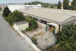 Industrial building  part     - Lot 8935 (Auction 8935)