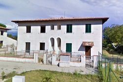 Raw apartment on the first floor and garage - Lote 8938 (Subasta 8938)