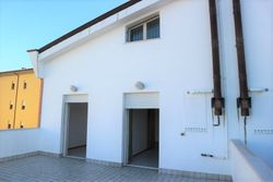 Appartamento con mansarda (sub 22) e garage