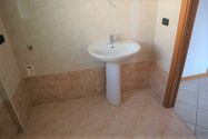 Immagine n3 - Apartment with attic (sub 22) and garage - Asta 8945