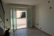 Immagine n1 - Apartment with attic (sub 27) and garage - Asta 8946