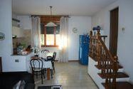 Immagine n3 - Quota 2/3 di appartamento con soffitta grezza - Asta 8950
