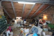 Immagine n8 - Quota 2/3 di appartamento con soffitta grezza - Asta 8950