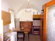 Immagine n6 - Appartamento duplex e servizi al piano terra - Asta 8951