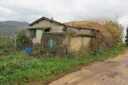 Immagine n2 - Due abitazioni rurali con cortile e terreno - Asta 8957