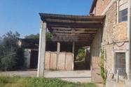 Immagine n1 - Rustico con alloggio e laboratorio - Asta 8983