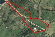 Immagine n0 - Stalla con fienile e terreno agricolo - Asta 8998