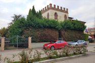 Immagine n0 - Edificio abitativo con ufficio e garage - Asta 9017