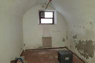 Immagine n2 - Edificio abitativo con ufficio e garage - Asta 9017