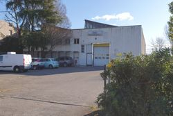 Shed with office building and caretaker s house - Lote 9053 (Subasta 9053)