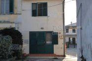 Immagine n1 - Abitazione con garage - Asta 9060
