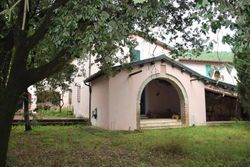 Villa with courtyard and outbuildings - Lot 9067 (Auction 9067)