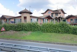 Apartment with garden and double garage - Lote 9075 (Subasta 9075)