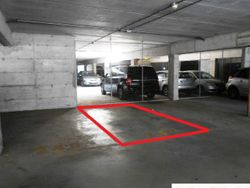 Covered parking  sub      - Lote 910 (Subasta 910)