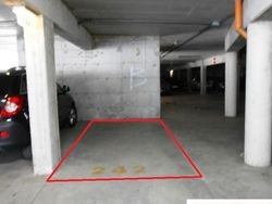 Covered parking  sub      - Lote 916 (Subasta 916)