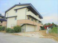 Immagine n0 - Apartamento de dos habitaciones en el primer piso con jardín y garaje - sub 30 - Asta 9177