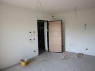 Immagine n6 - Apartamento de dos habitaciones en el primer piso con jardín y garaje - sub 30 - Asta 9177