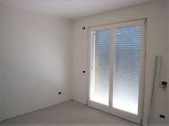 Immagine n8 - Apartamento de dos habitaciones en el primer piso con jardín y garaje - sub 30 - Asta 9177