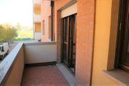 Immagine n3 - Apartamento de dos habitaciones en el primer piso con garaje - sub 30 - Asta 9198