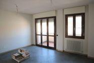 Immagine n0 - Appartamento al piano terzo con autorimessa - sub 36 - Asta 9200