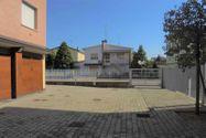 Immagine n18 - Appartamento al piano terzo con autorimessa - sub 36 - Asta 9200