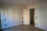 Immagine n7 - Appartamento al piano primo con autorimessa - sub 53 - Asta 9201