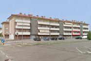 Immagine n11 - Appartamento al piano primo con autorimessa - sub 52 - Asta 9202