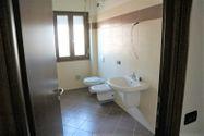Immagine n6 - Appartamento al piano terzo con autorimessa - sub 59 - Asta 9204