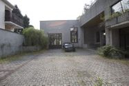 Immagine n5 - Capannone con tetto giardino e piscina - Asta 921
