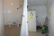 Immagine n17 - Negozi con aree cortilive esclusive - Asta 9213