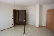 Immagine n1 - Apartamento de tres habitaciones en el primer piso con garaje - sub 123 - Asta 9220