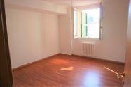 Immagine n3 - Apartamento de tres habitaciones en el primer piso con garaje - sub 123 - Asta 9220