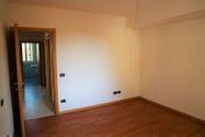 Immagine n4 - Apartamento de tres habitaciones en el primer piso con garaje - sub 123 - Asta 9220