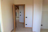 Immagine n3 - Appartamento al piano terzo con autorimessa e cantina - sub 144 - Asta 9226