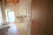 Immagine n6 - Appartamento al piano terzo con autorimessa e cantina - sub 144 - Asta 9226