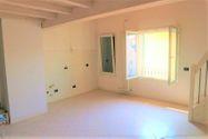 Immagine n0 - Appartamento duplex con autorimessa e cantina - sub 147 - Asta 9227