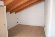 Immagine n7 - Appartamento duplex con autorimessa e cantina - sub 150 - Asta 9229
