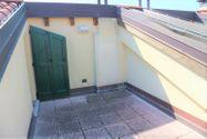 Immagine n10 - Appartamento duplex con autorimessa e cantina - sub 150 - Asta 9229