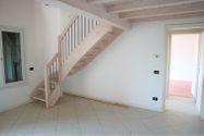 Immagine n0 - Appartamento duplex con autorimessa e cantina - sub 151 - Asta 9230