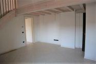 Immagine n1 - Appartamento duplex con autorimessa e cantina - sub 151 - Asta 9230