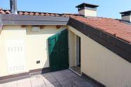 Immagine n8 - Appartamento duplex con autorimessa e cantina - sub 151 - Asta 9230