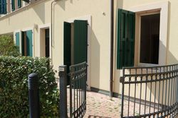 Three room apartment with courtyard, garage and cellar   sub     - Lot 9232 (Auction 9232)