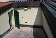 Immagine n8 - Appartamento duplex con autorimessa e cantina - sub 173 - Asta 9235