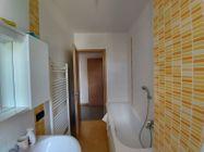 Immagine n4 - Apartamento de tres habitaciones en el primer piso con garaje - sub 124 - Asta 9238