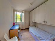 Immagine n5 - Apartamento de tres habitaciones en el primer piso con garaje - sub 124 - Asta 9238